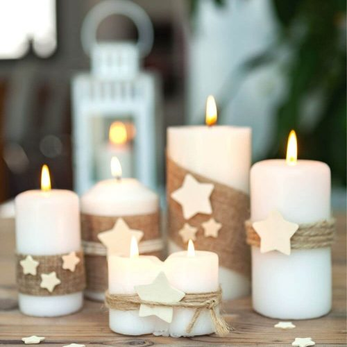 candles white and green christmas decor