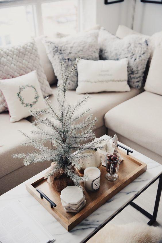 cute decor idea for small apartment