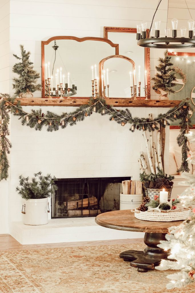rustic christmas decor livingroom