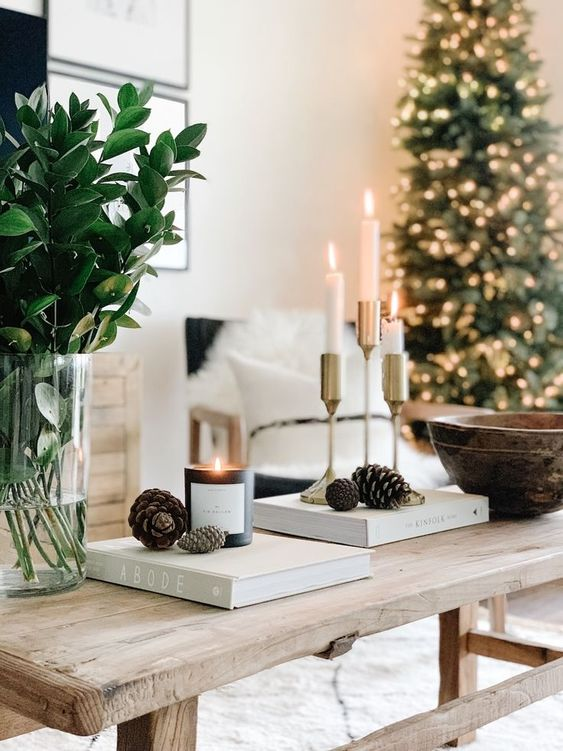 simple gold candle holders