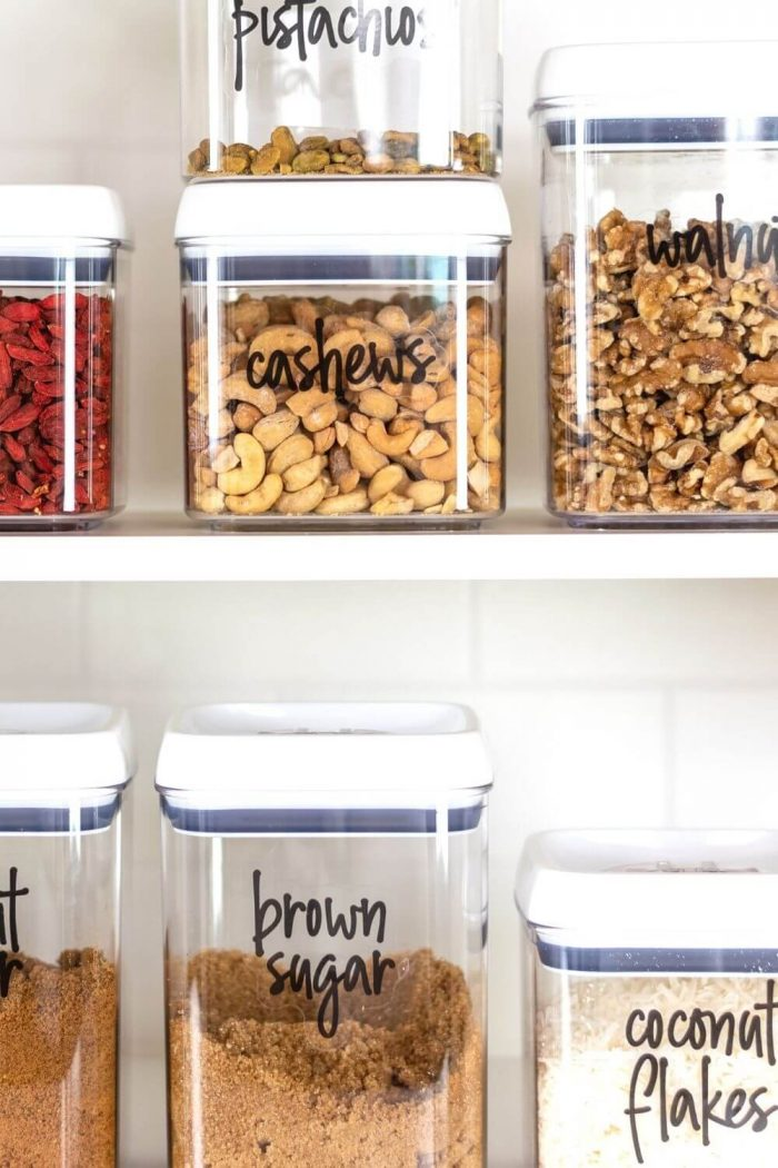12 Small Pantry Organization Hacks That Are Absolute Goals