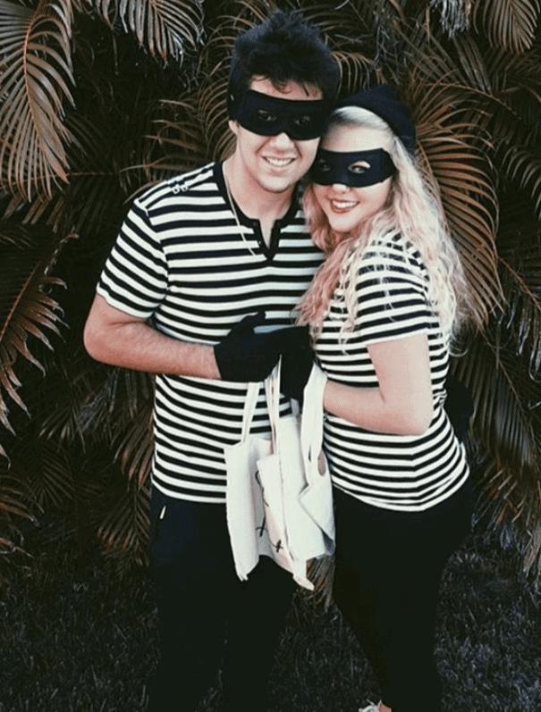 robbers couple college halloween costume