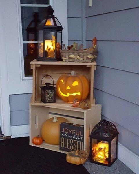 halloween doorstep decorations