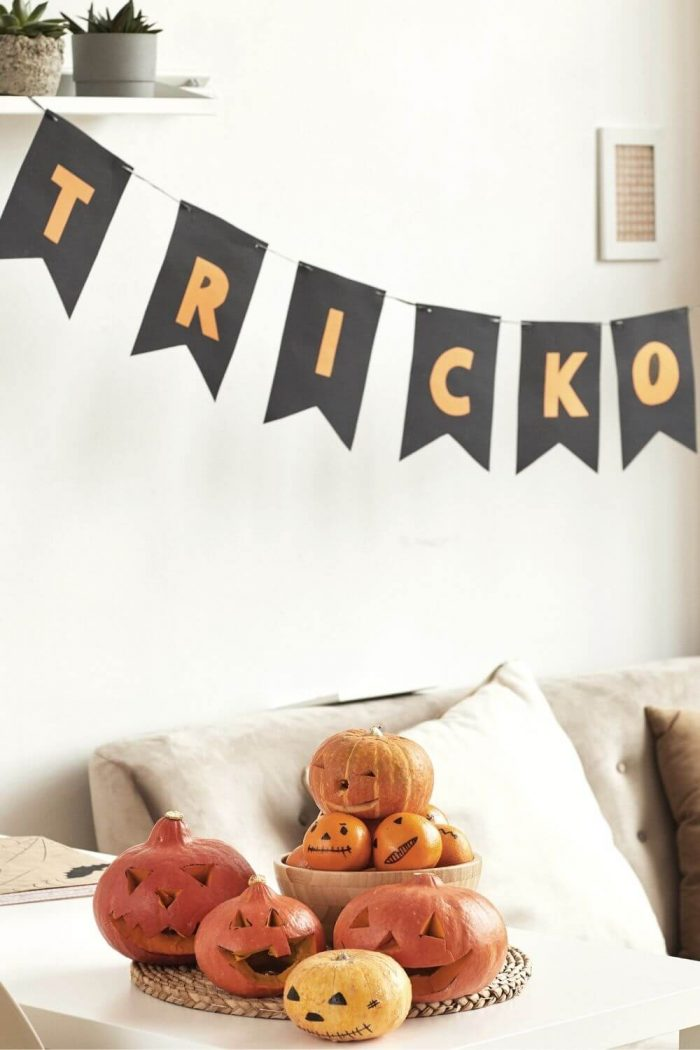 The 19 Best Apartment Halloween Decorations You Need To Recreate in 2021