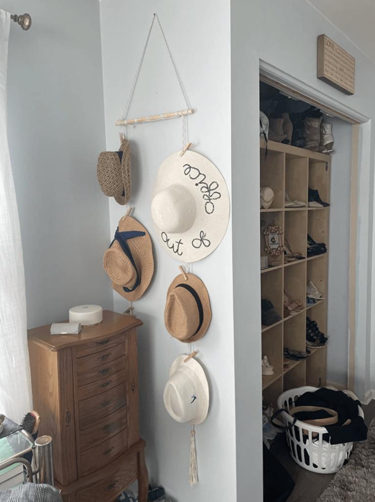 hat storage system
